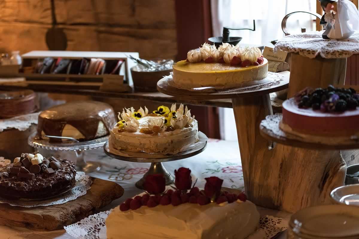 Ravintola- ja juhlapalvelut